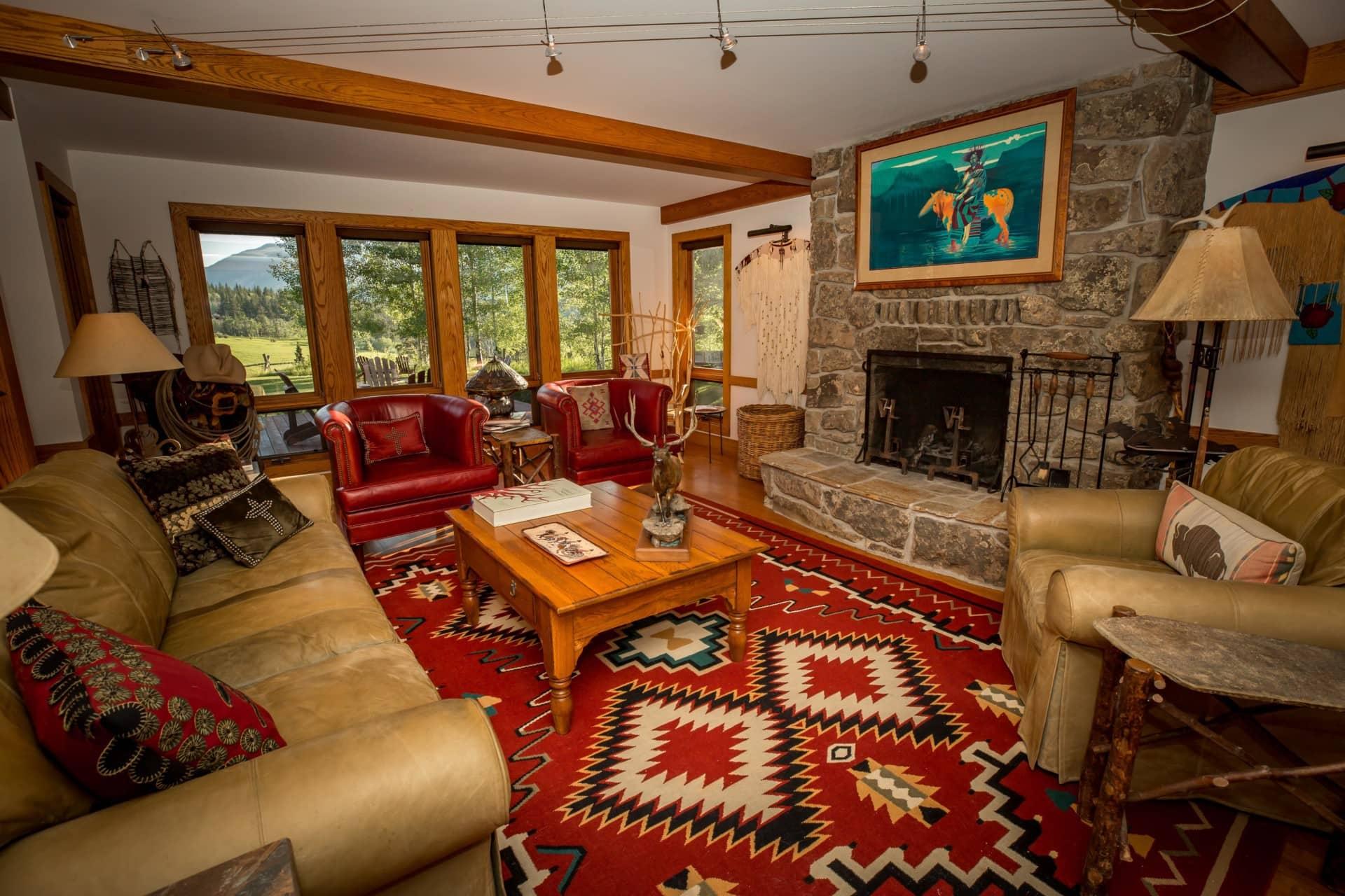 Comfortable Living Room West Boulder Angling Retreat Montana