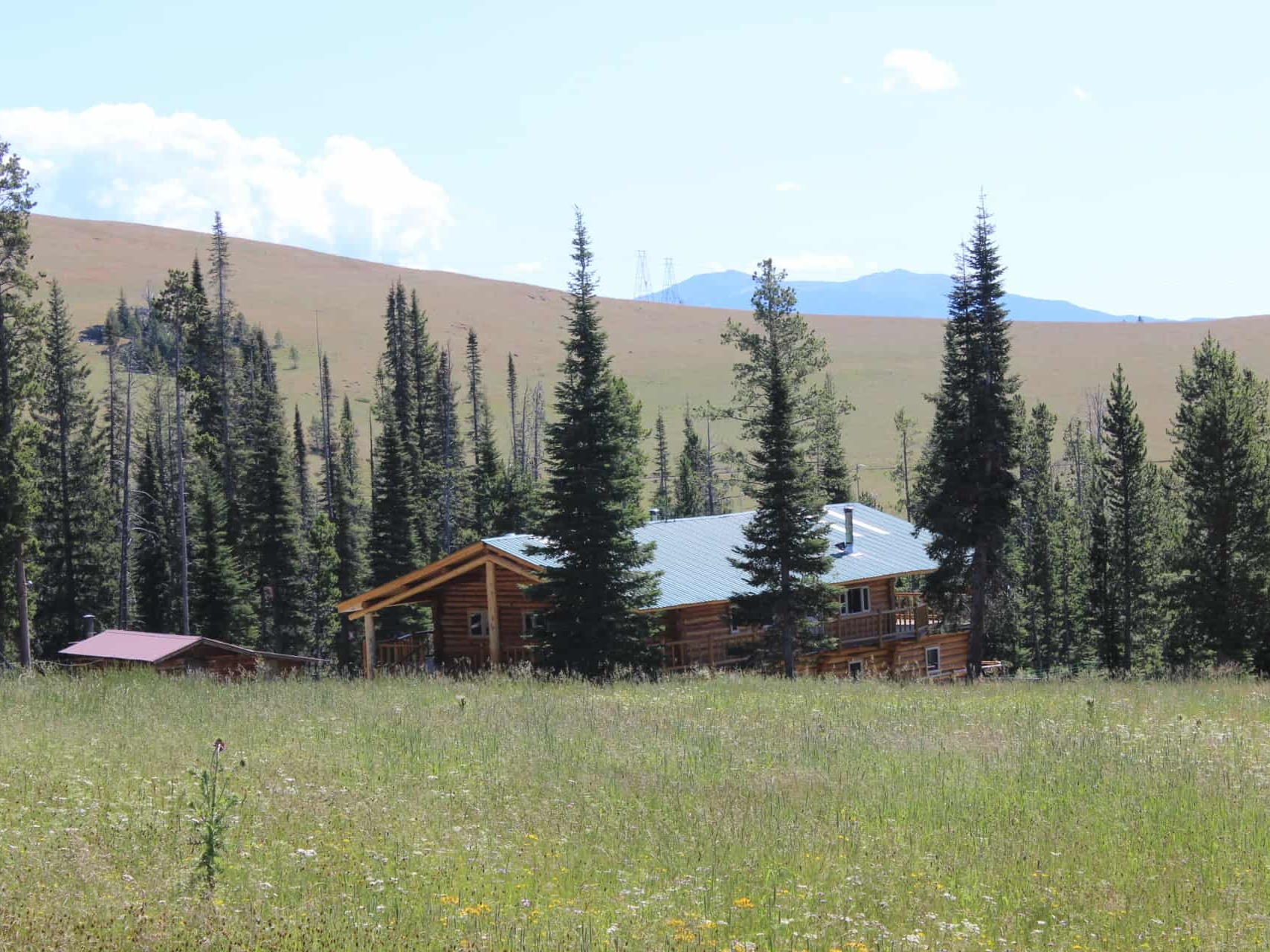 cabins montana hoodoo creek mountain retreat