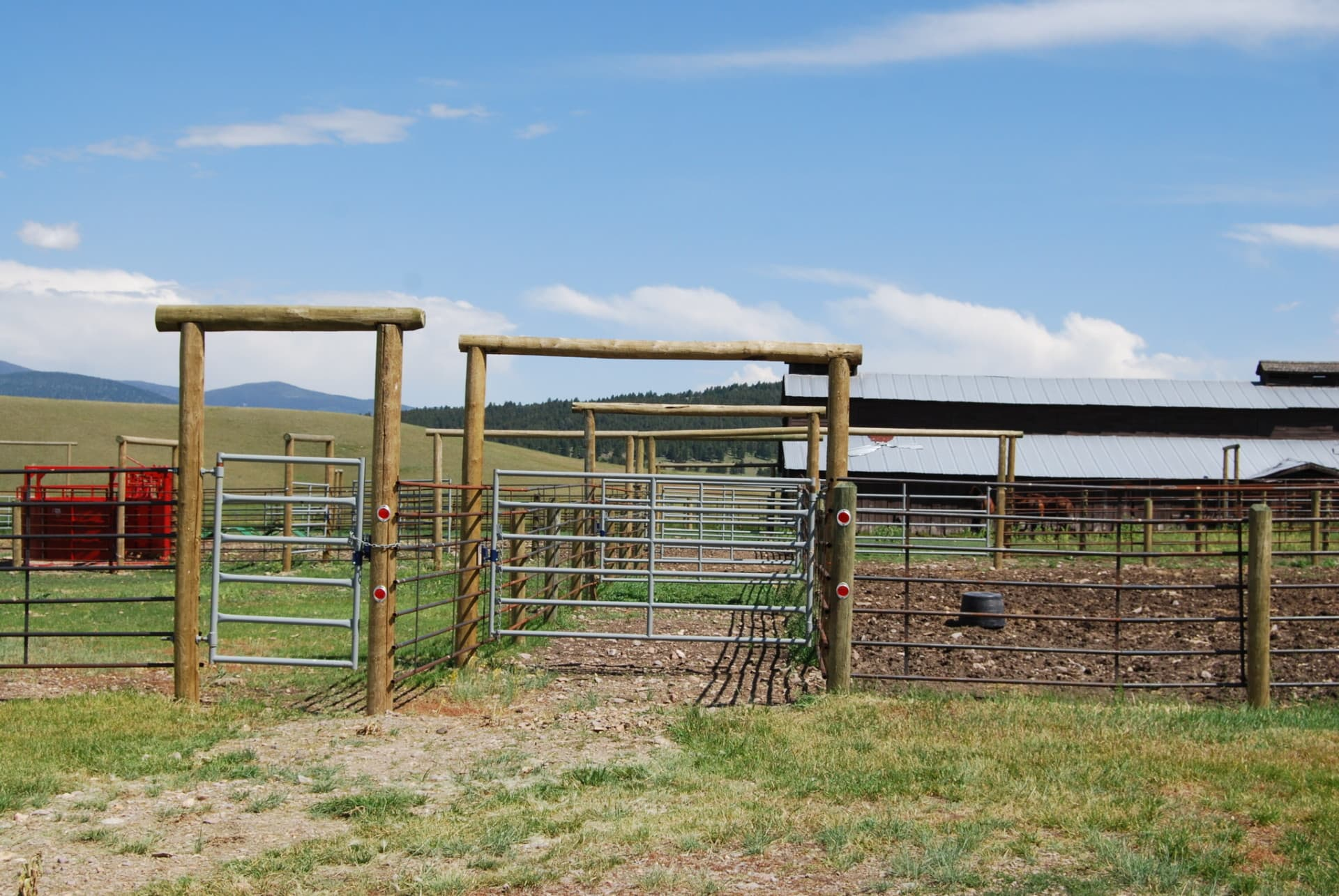 corrals and pens montana little valley ranch