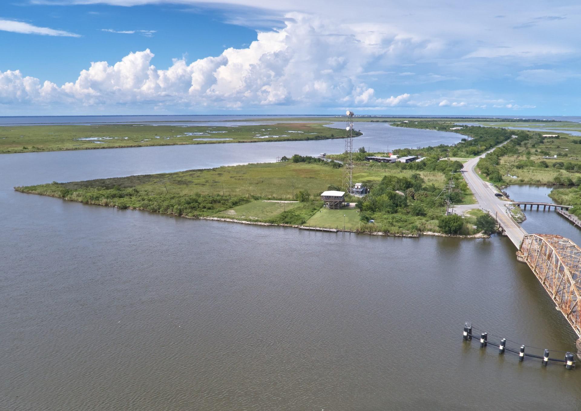 RR Water Passes at Pontchartrain Louisiana