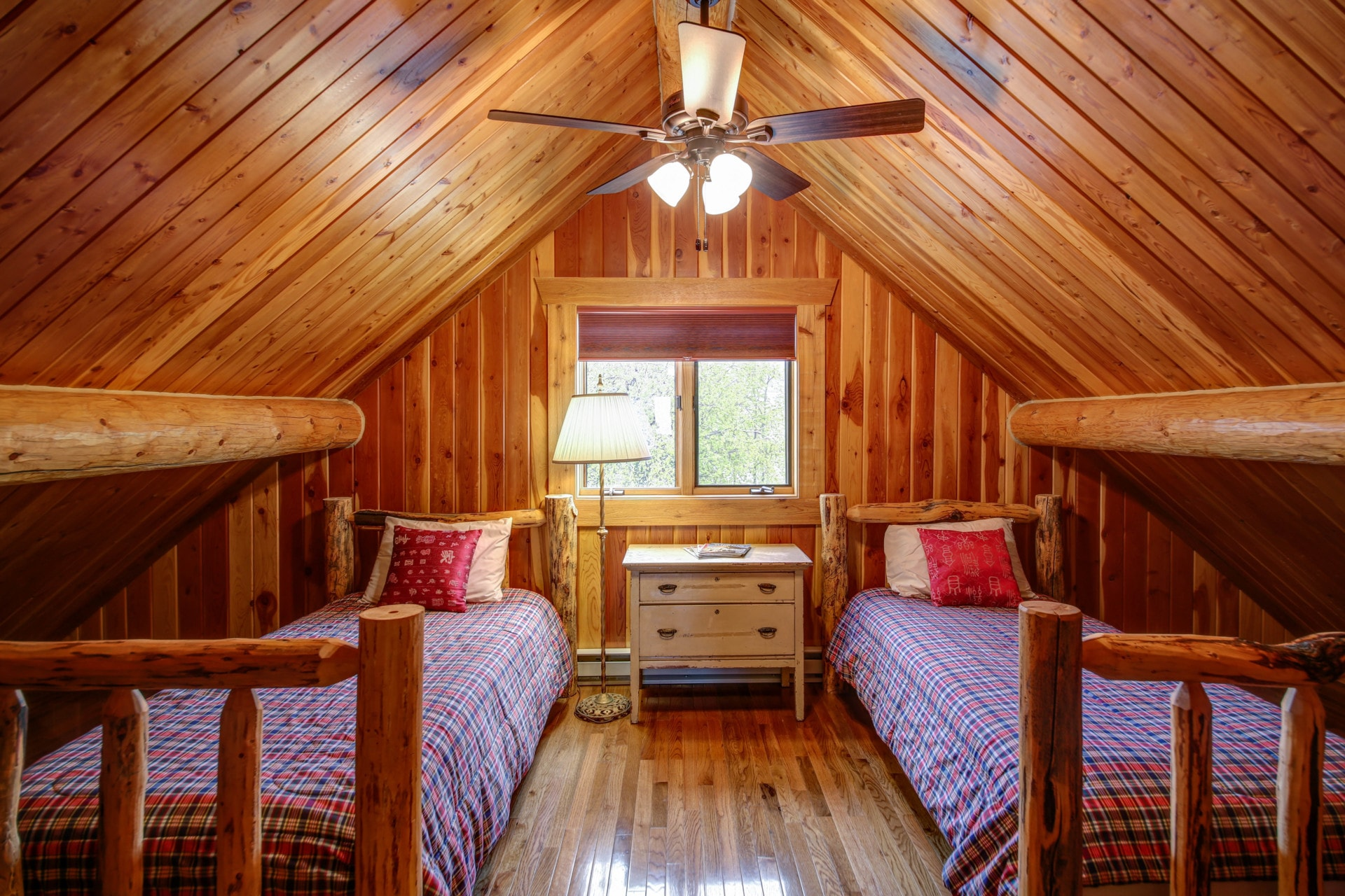 bedrooms montana hyalite view ranch